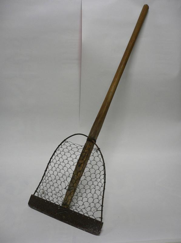 ふるさとの宝物 第173回 昔の除雪道具