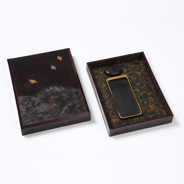 青海波塗波千鳥硯箱